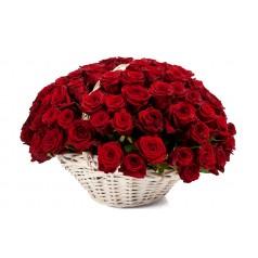 Корзина Алая (51 роза)