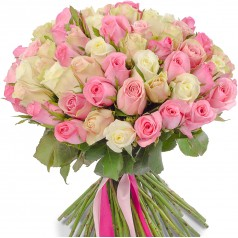 Букет белых и розовых роз Нежный 45 шт