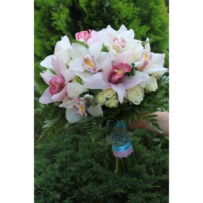 "Букет орхидеи цимбидиум ""Тайная мечта"" 9 шт"