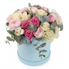 Цветы в коробке (21 роза)