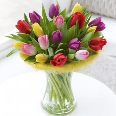 """Букет """"Сосна"""" Тюльпаны разноцветные 19 шт"""
