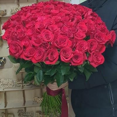 Букет 101 роза Люкс