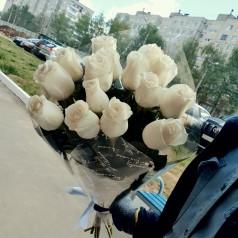 Букет белых роз Вареники 15 шт