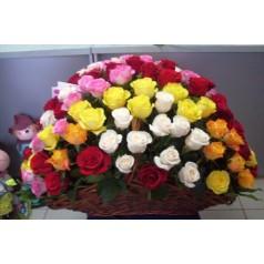 Корзина Изумительная 101 роза