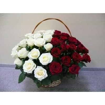 Корзина Весна (45 роз)