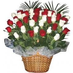 Корзина Веселая (45 роз)