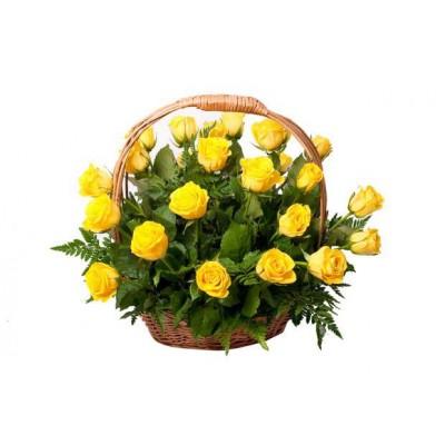 Корзина желтых роз 21 шт