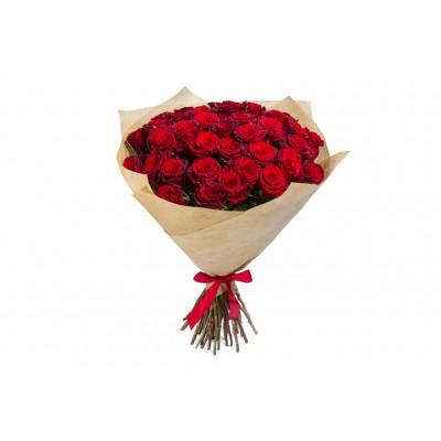 Букет красных роз крафт (15 шт)