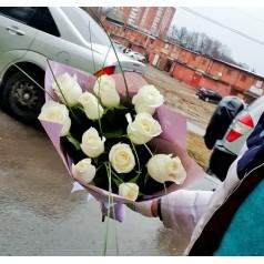 """Букет белых роз """"Летний дождь"""" 11 шт"""