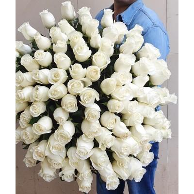 """Букет белых роз 101 шт """"Снежок"""""""
