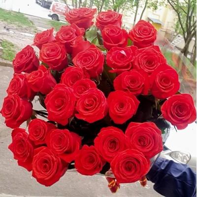 """Букет красных роз """"Нина"""" 31 шт 60 см"""