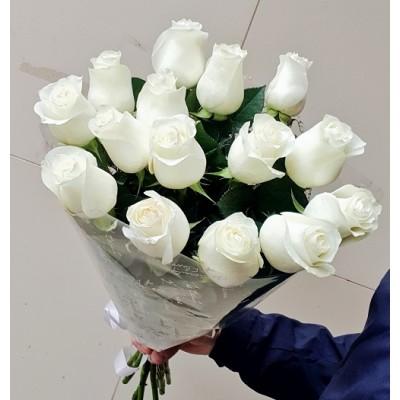 """Букет белых роз """"Пельмешки"""" 15 шт"""
