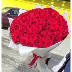 """Букет из 101 красной розы """"Мадагаскар"""""""