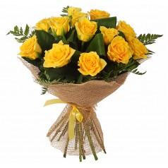 Букет желтых роз Папоротник (15 шт)