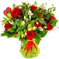 Кокетливая Букет роз, альстромерий, хризантем