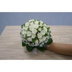 """Букет """"Смородина"""" Кустовые белые розы 11 шт"""