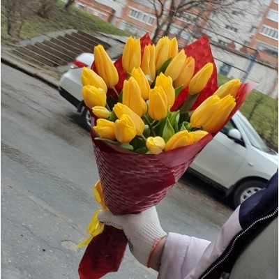 "Букет желтых тюльпанов 25 шт ""Веснушка"""
