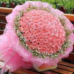 Букет 101 розовая роза Органза