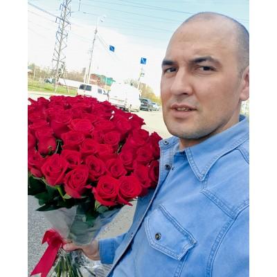 """Красные розы """"Фридом """" 70 см"""
