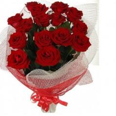 Букет красных роз Акцент