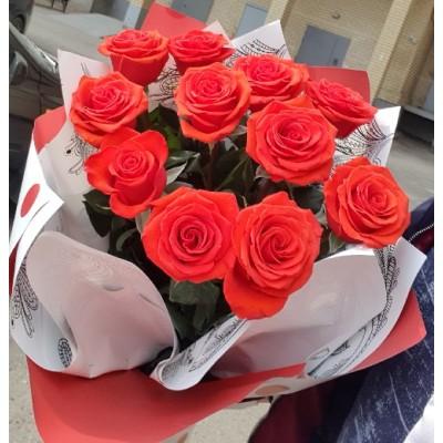 """Букет красных роз """"Каен"""" 11 шт"""