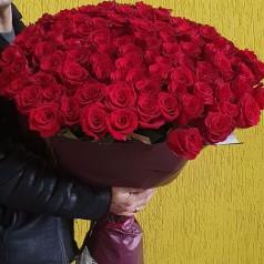 """Букет роз """"Тинто 101"""" 70 см"""